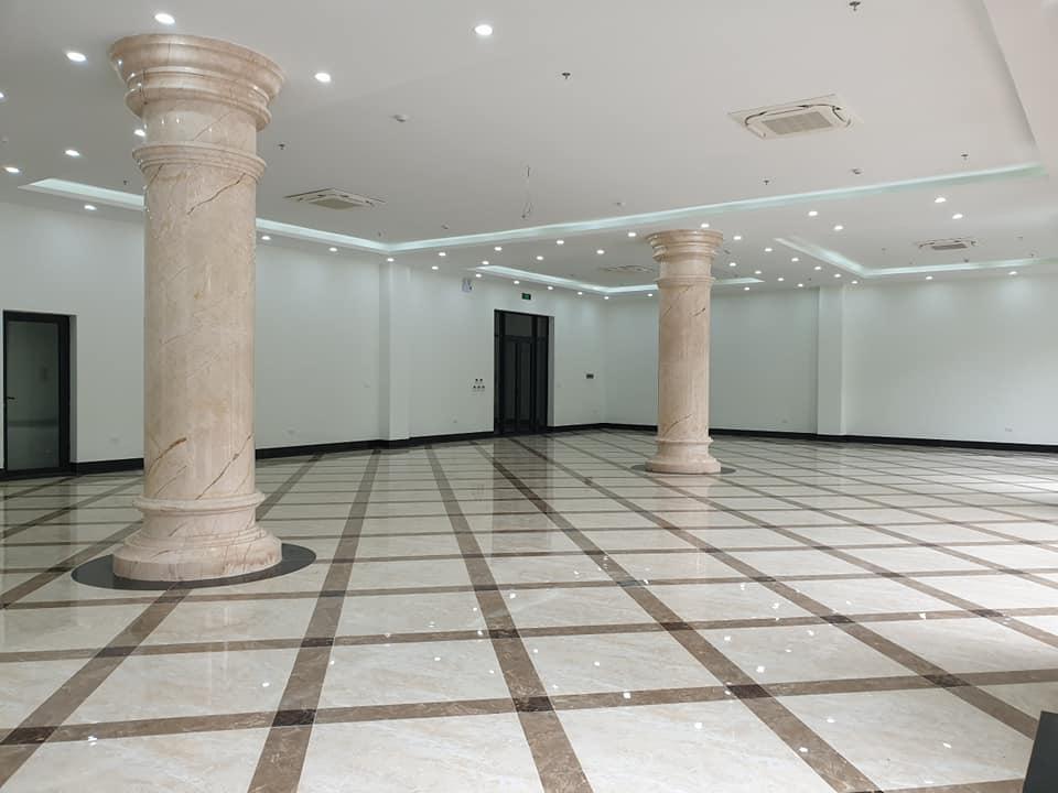 Diện tích mỗi tầng 430 m2